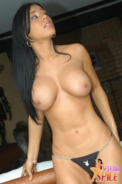 Selena Spice Jacuzzi