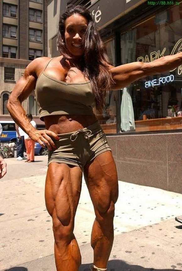 WOMAN BODYBUILDER NIPPLE