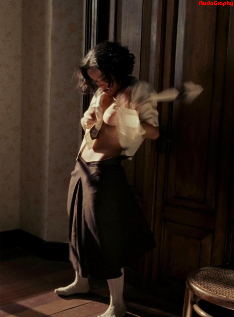 Salma Hayek Frida Naked