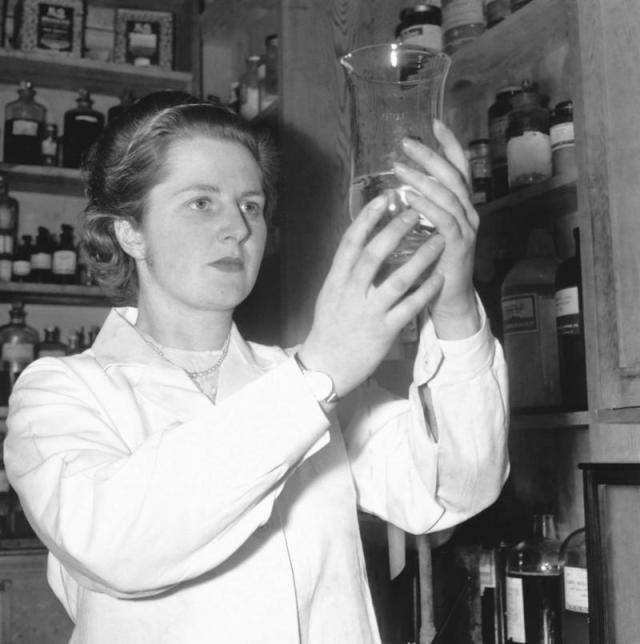 Una joven Margaret Thatcher en la Universidad