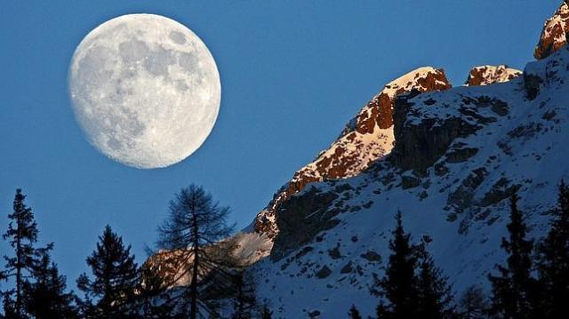 luna-casi-llena