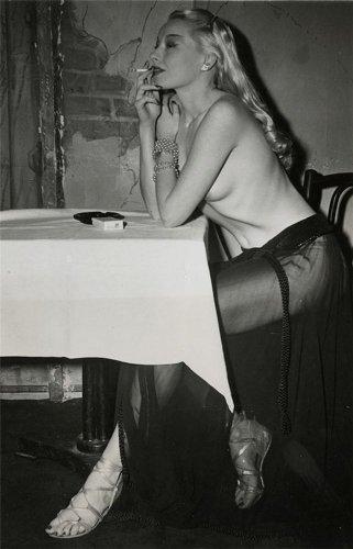 Lili ,1945