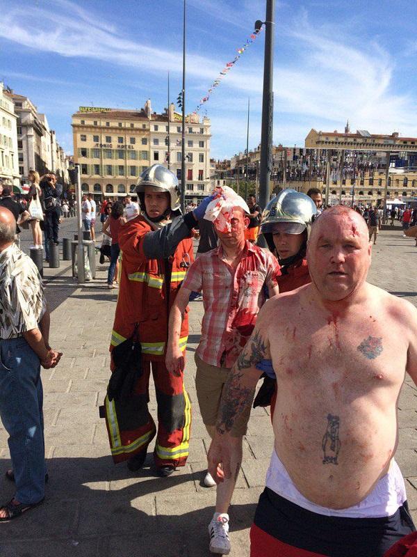 Caundo los hooligans van de excursión etílica a Europa. Marsella, junio 2016, en guerra contra los rusos