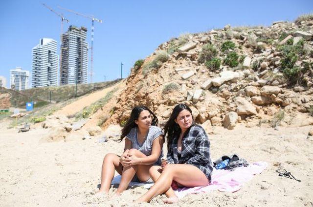 Dos judías francesas en la ciudad de Netanya. Foto Avishag Shaar-Yashuv